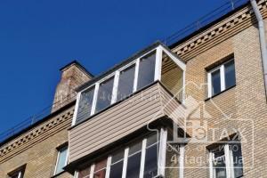 Балконы с выносом от пола и крышей - компания 4 этаж