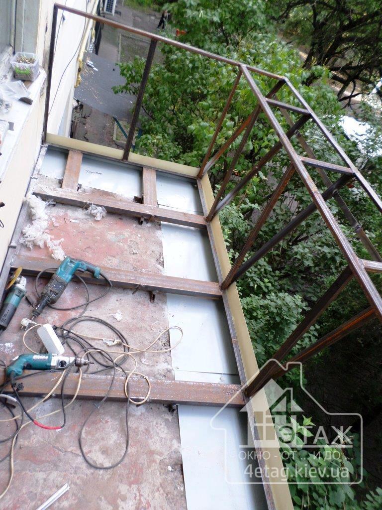 """Балкон с выносом от компании """"4 этаж"""""""