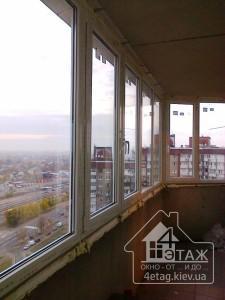 Остекление балкона окнами Rehau - компания