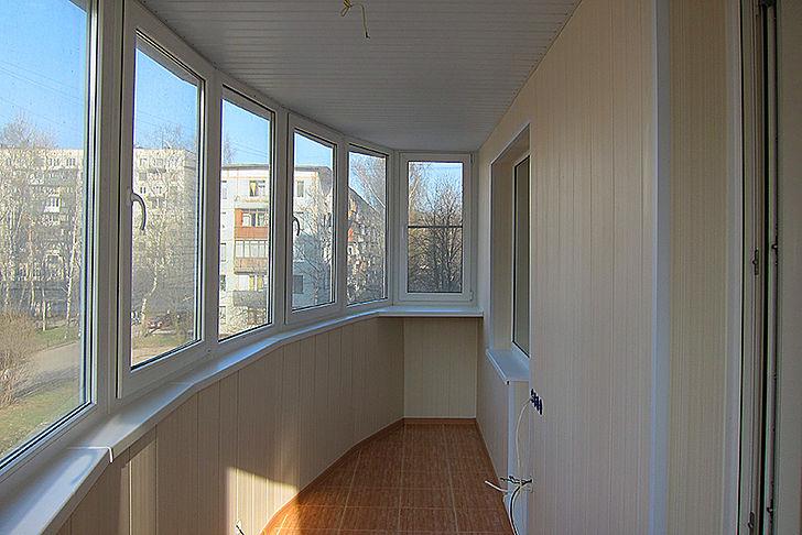 остекление балкона под ключ Вишневое