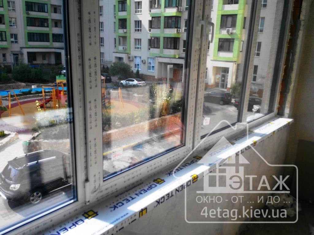 "Окна Rehau Евро 60 компания ""4 этаж"""