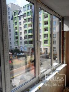 Остекление лоджии окнами Rehau - компания