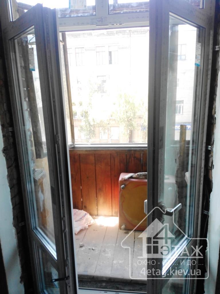 Купить балконные двери киев недорого.