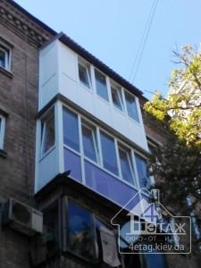 Французский балкон Киев с крышей