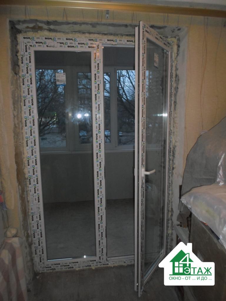 Пластиковая дверь на балкон в профиле WDS, от компании