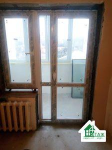 Установка окон балконного блока ПВХ, фото