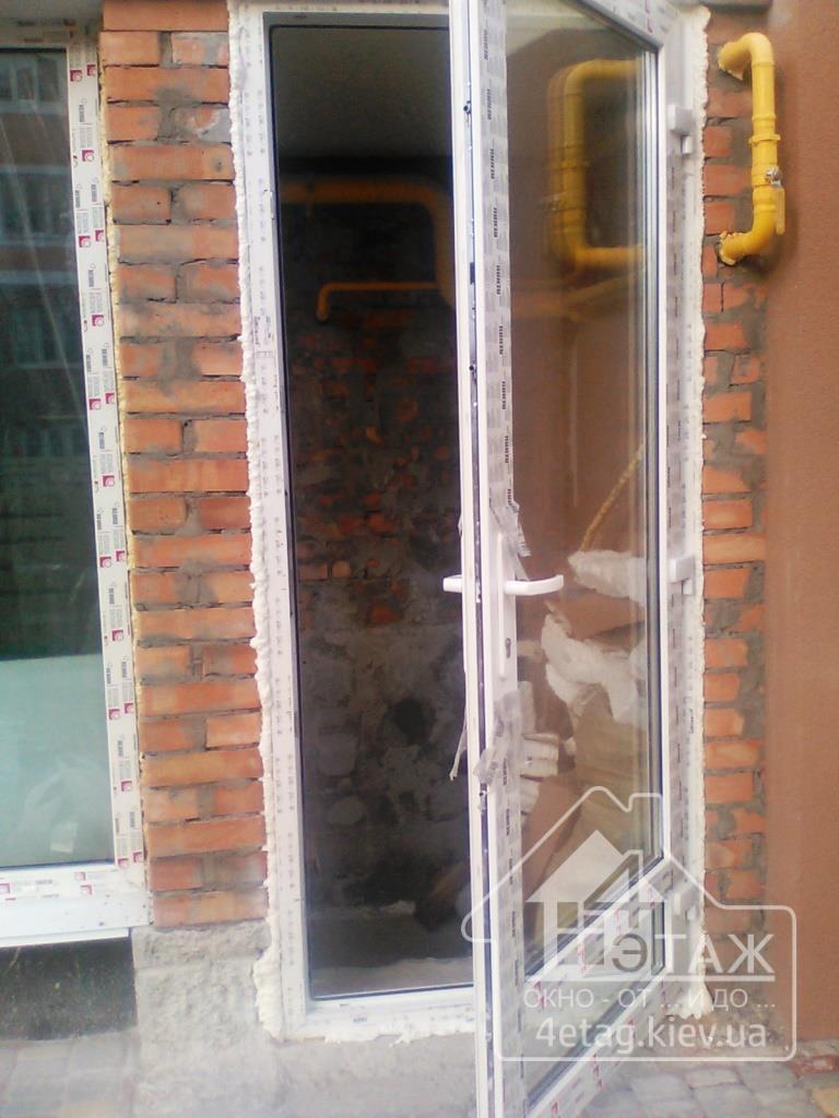 двери входные пвх в квартире