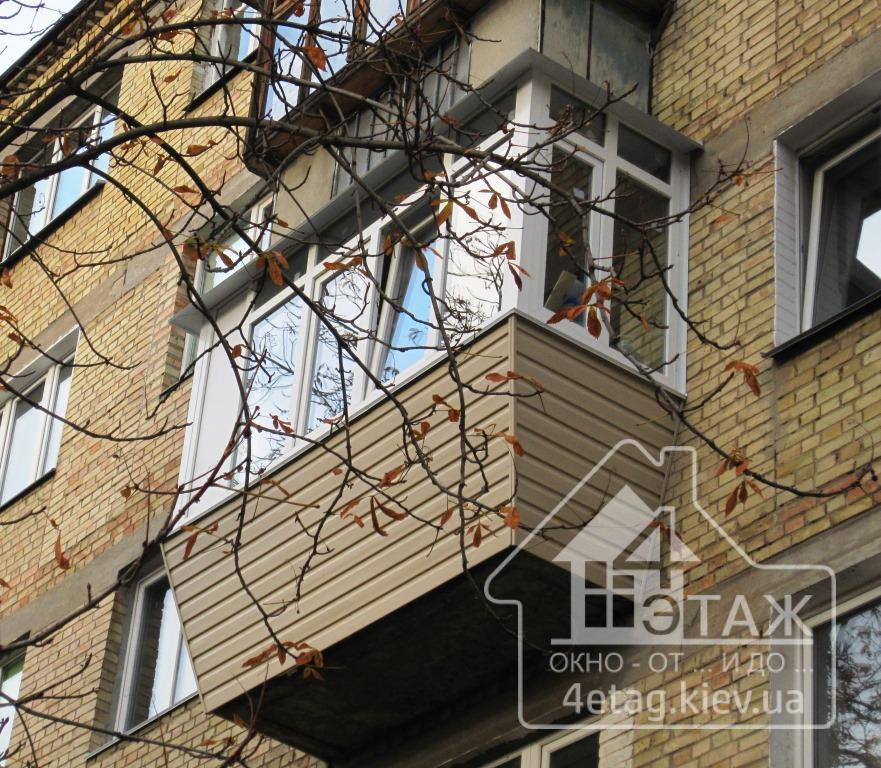 """Застеклить балкон с выносом """"ОТ ПОЛА"""", фирма """"4 этаж Окно От и До"""""""