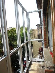 Французское остекление балкона в Буче - оконная компания