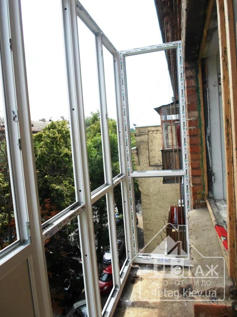 Остекление балкона буча. французское остекление балкона буча.