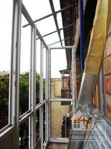 Окна Бровары, остекление балконов под ключ - компания