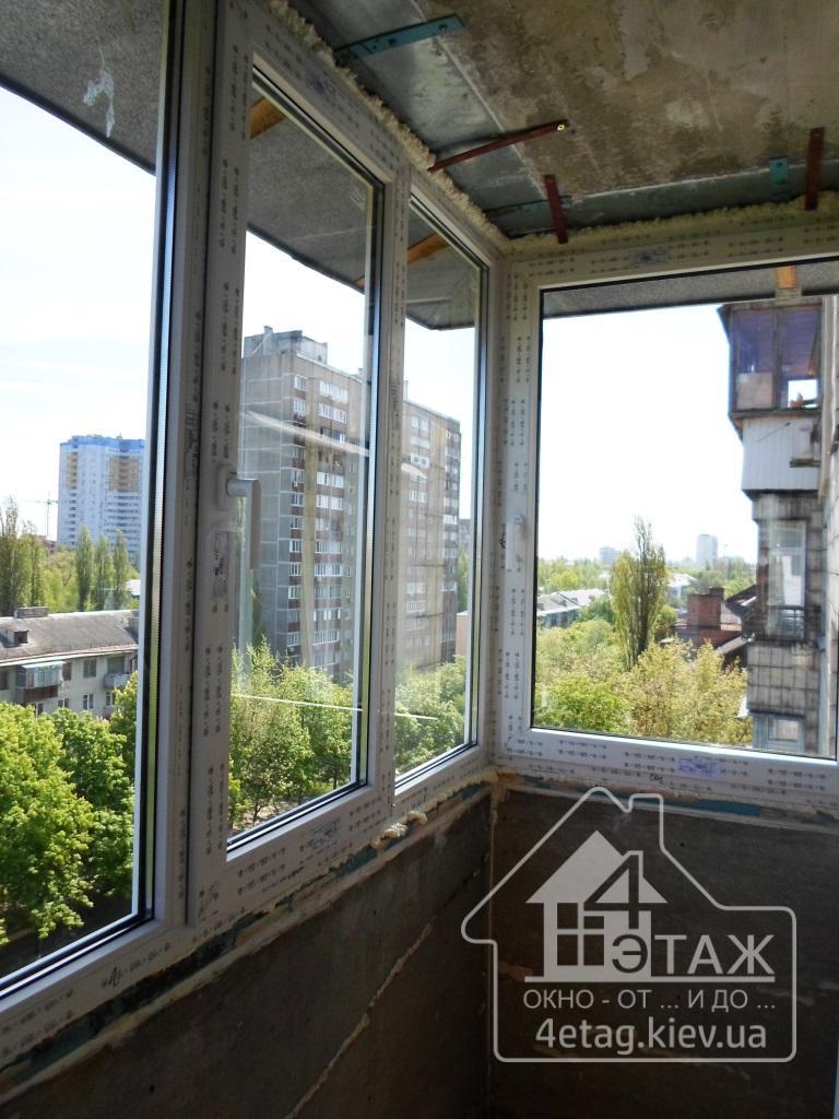 Остекление балкона киев.